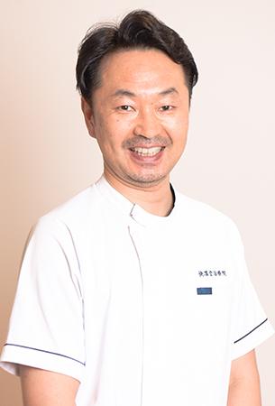 足立区の快凜堂治療院 院長 鈴木 快尚(よしひさ)